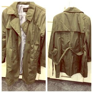 Green Banana Republic trench coat, size XL